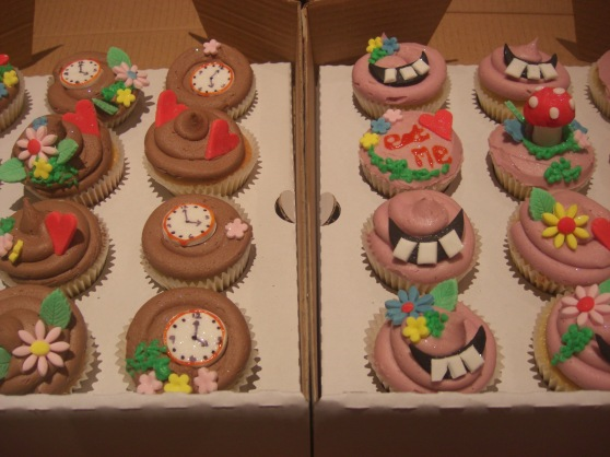 Alice in Wonderland Cupcakes for 18th