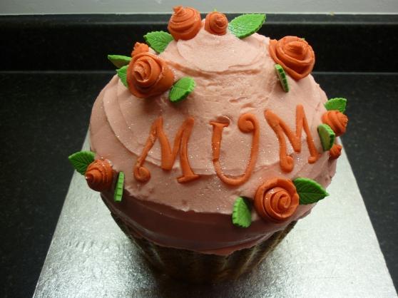 MUM gorgeous pink sparkley Giant Cupcake